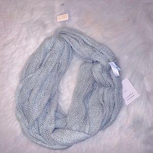 NWT Lauren Conrad Gray Knit Infinity Loop Scarf
